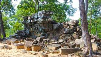 Boeng Khnar Temple
