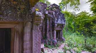 Po Damnak Temple
