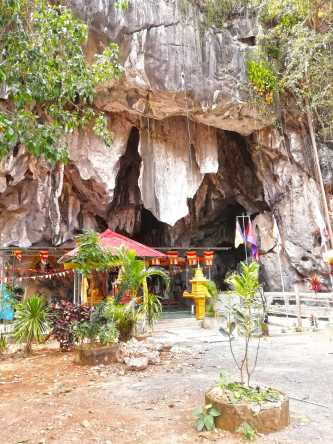 Phnom Chhngok Tourist Site
