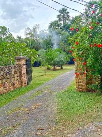 Nary Garden Bungalows
