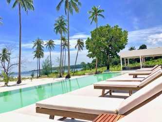 Pagoda Beach Koh Rong