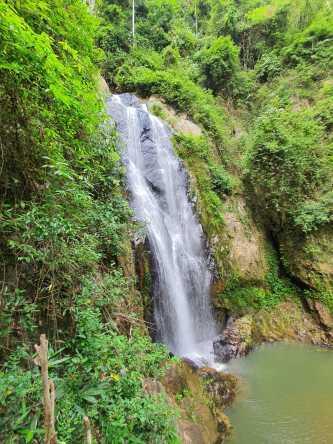 Ngao Waterfall National Park